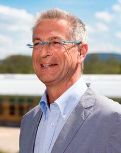 Herr Dr. Thomas Koy