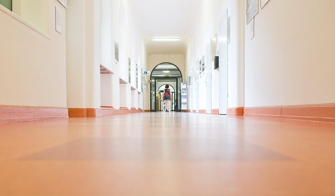 Flur des Klinikums