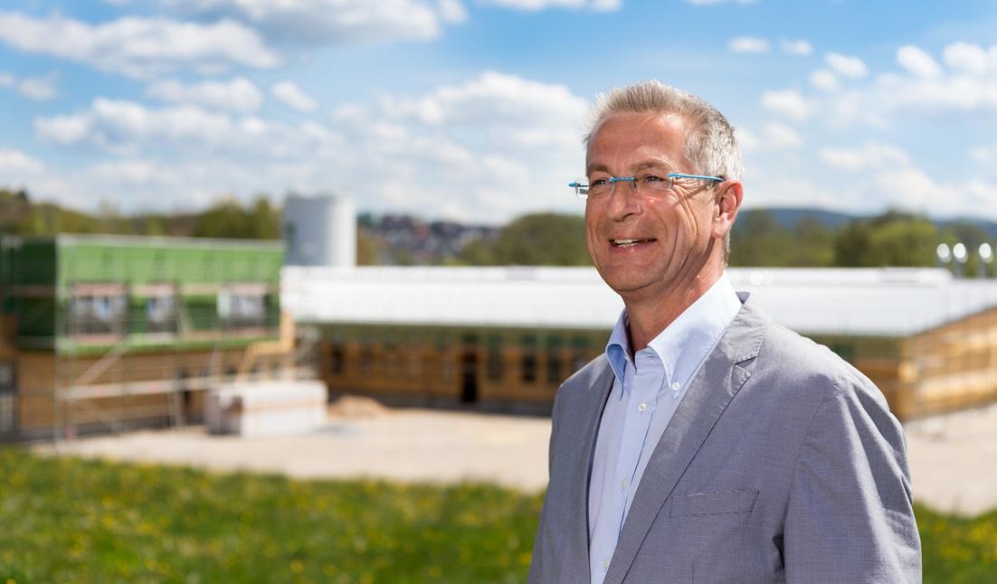 Dr. Thomas Koy