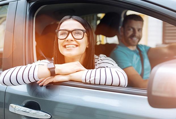 Zufriedene Autofahrer