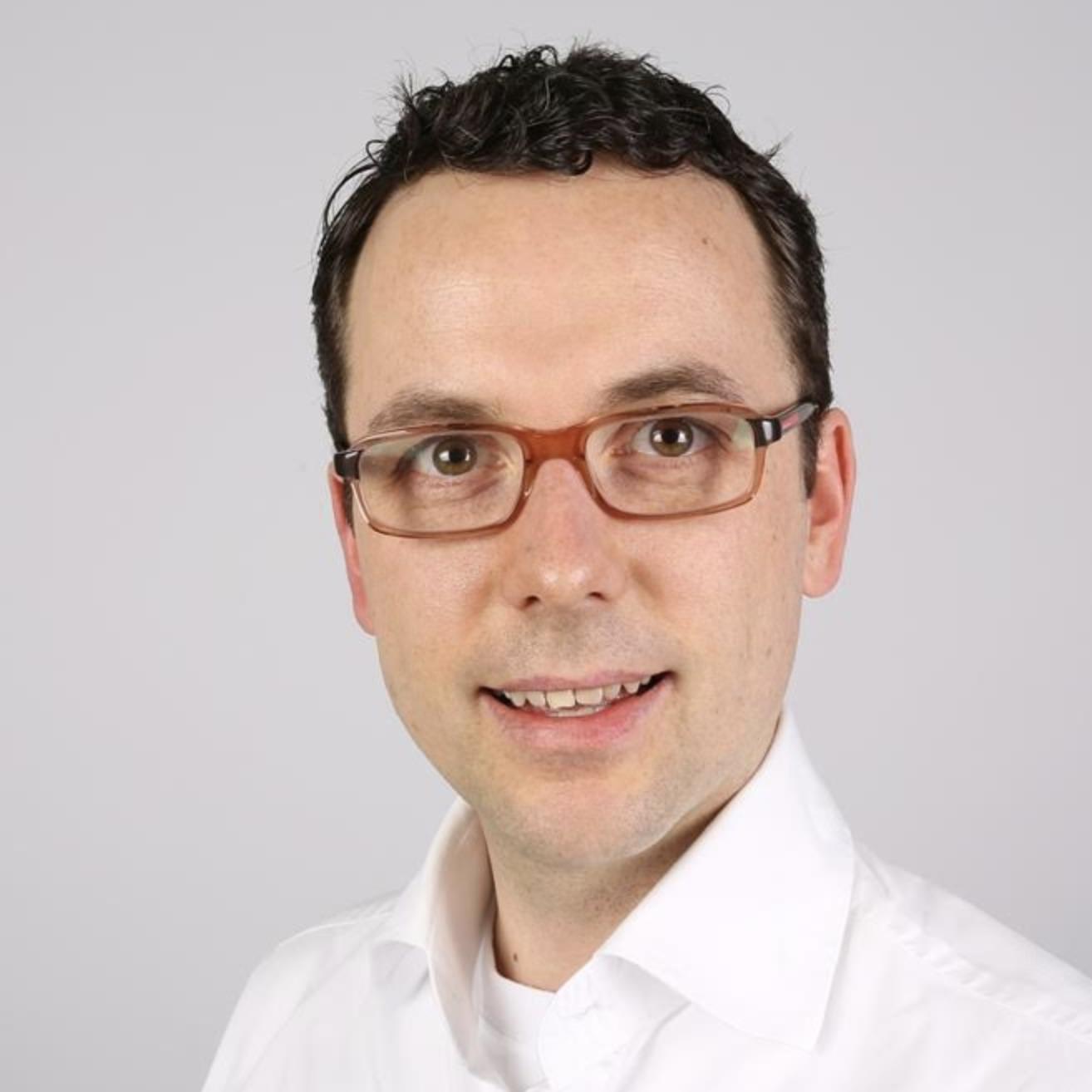 Dr. Mathias Onischka