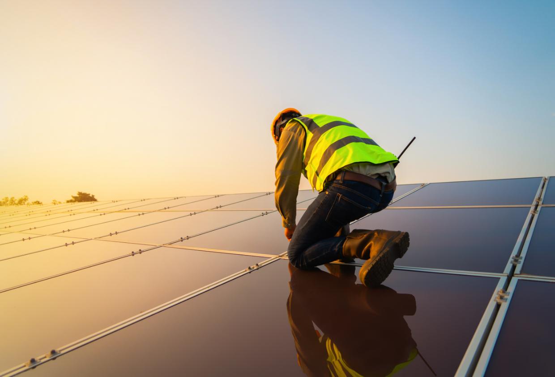 Regelmäßige Wartung für Ihre Photovoltaik-Anlage